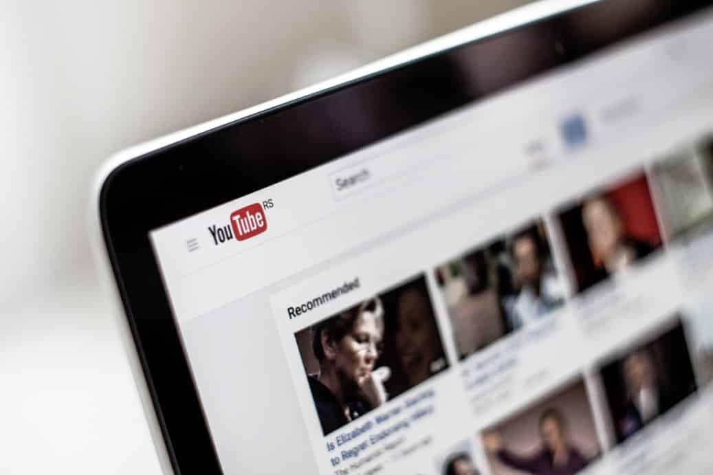 YouTube et Facebook préfèrent vous garder chez eux